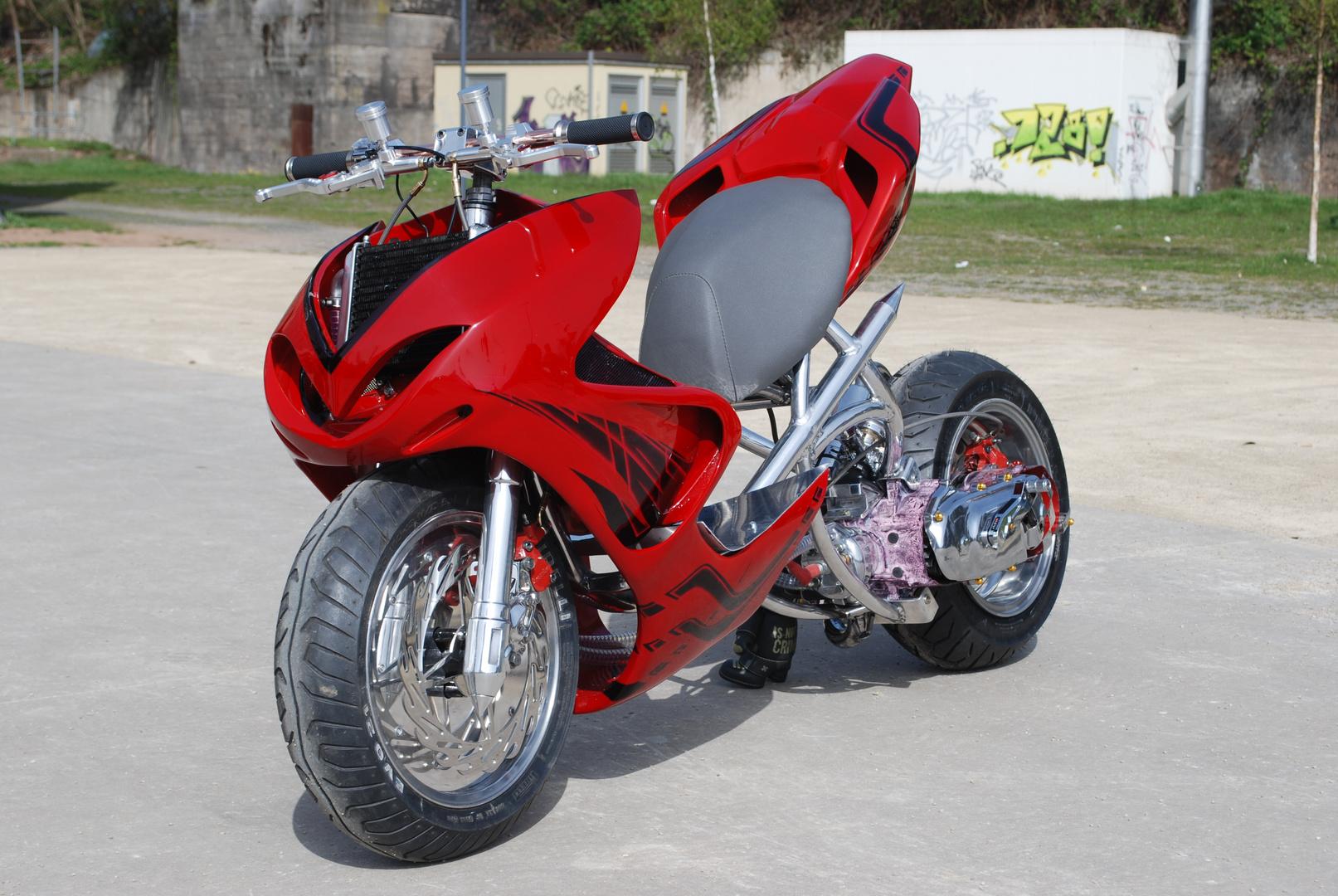 Yamaha Aerox Roller