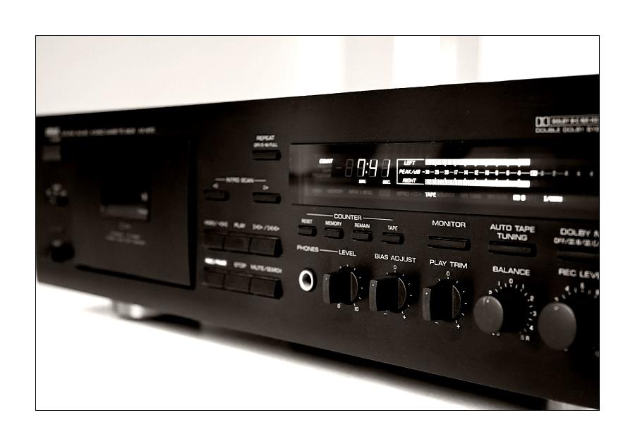 ... Yamaha KX-670 ...