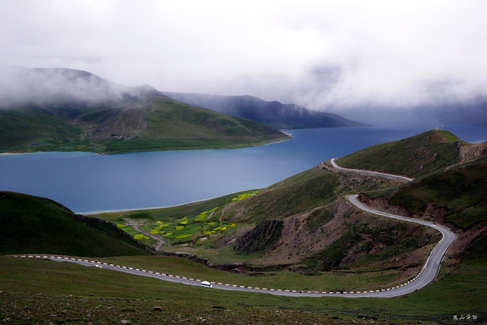 YamdrokTso Lake, Tibet