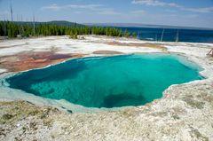 Yellowstone Lake - West Thump