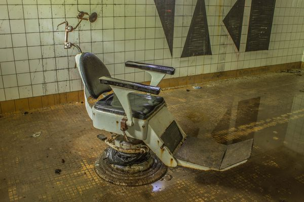 kaufen zahnarzt stuhl amazing kaufen zahnarzt stuhl with kaufen zahnarzt stuhl junge frau. Black Bedroom Furniture Sets. Home Design Ideas