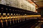 Zapfanlage in der Ölhalle der nödlichsten Brauerei Europas