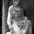 Zart und zeitlos....Skulptur auf Melaten