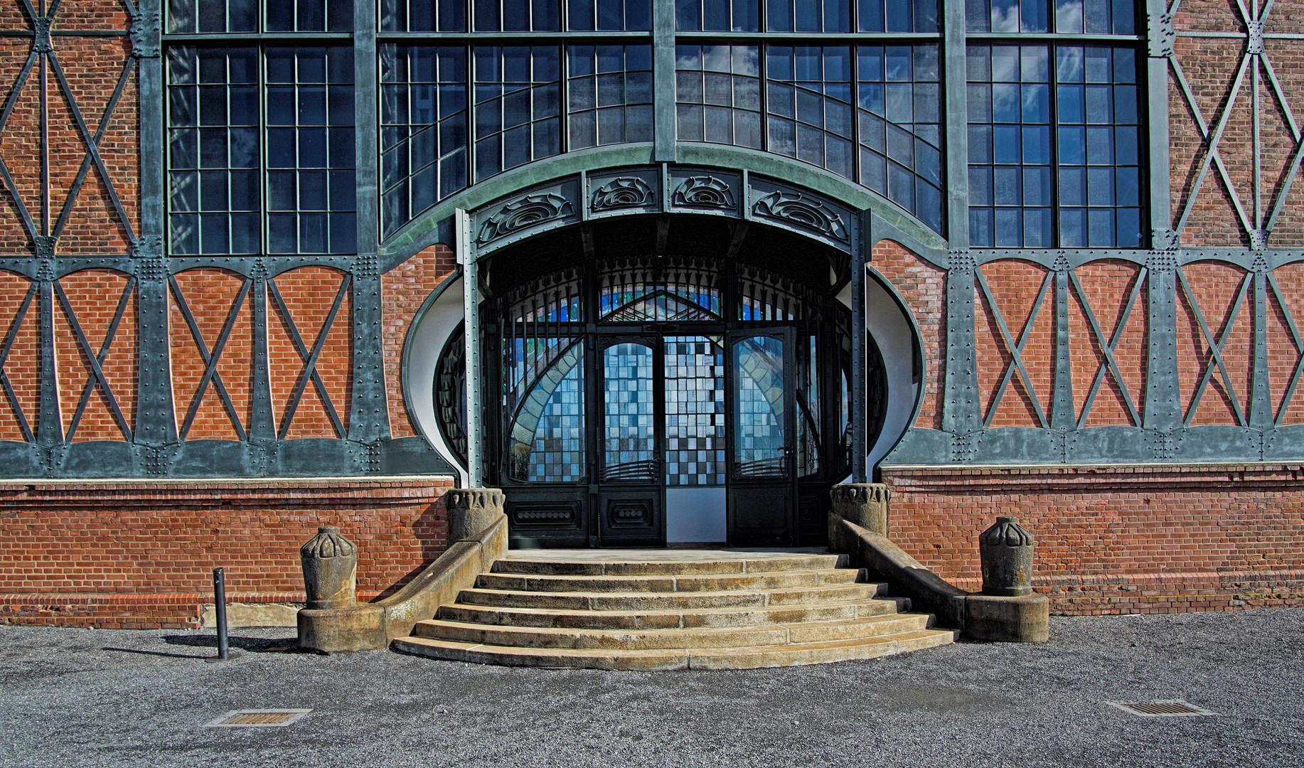 Zeche Zollern - Eingang Maschinenhalle