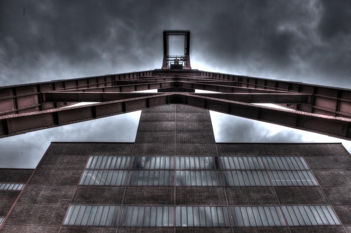 ~ Zeche Zollverein III (HDR) ~