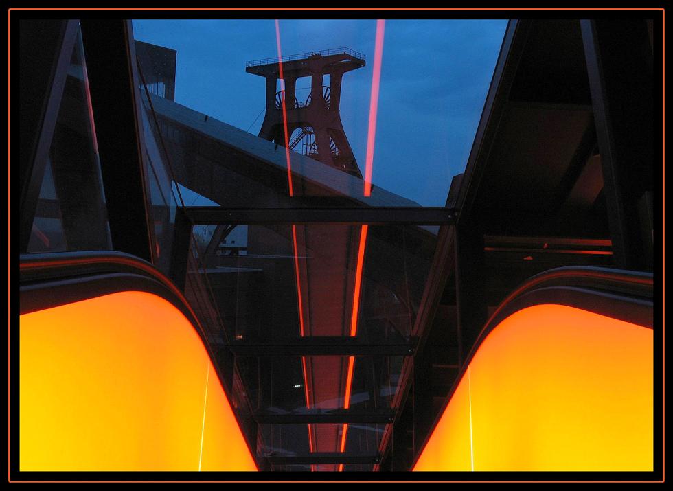 Zeche Zollverein unter Laserbeschuss