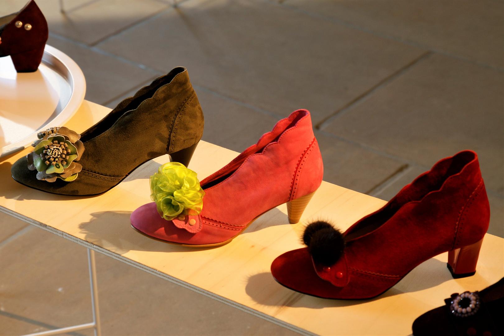 zeigt  her eure Füße,zeigt her eure Schuh