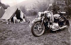 Zeit - Doku 1955: Campingurlaub mit NSU 500-Gespann