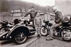 Zeit - Doku 1955: Sonntagstour mit NSU und BMW