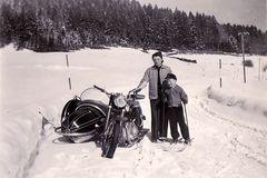 Zeit - Doku 1955: Wintersport mit NSU 500