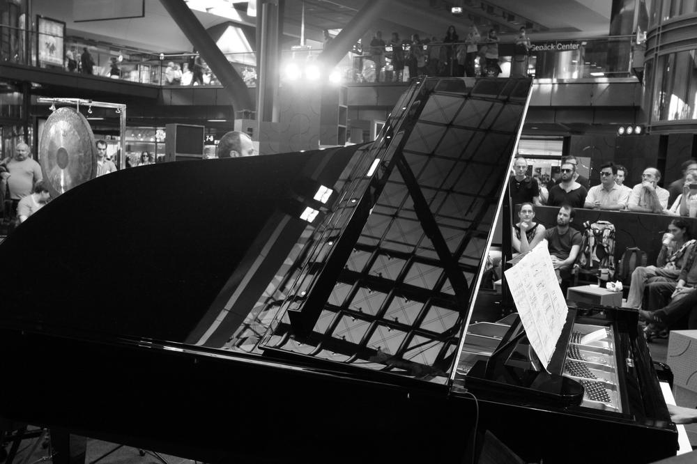 Zeitgenössische Oper Berlin im Bahnhof