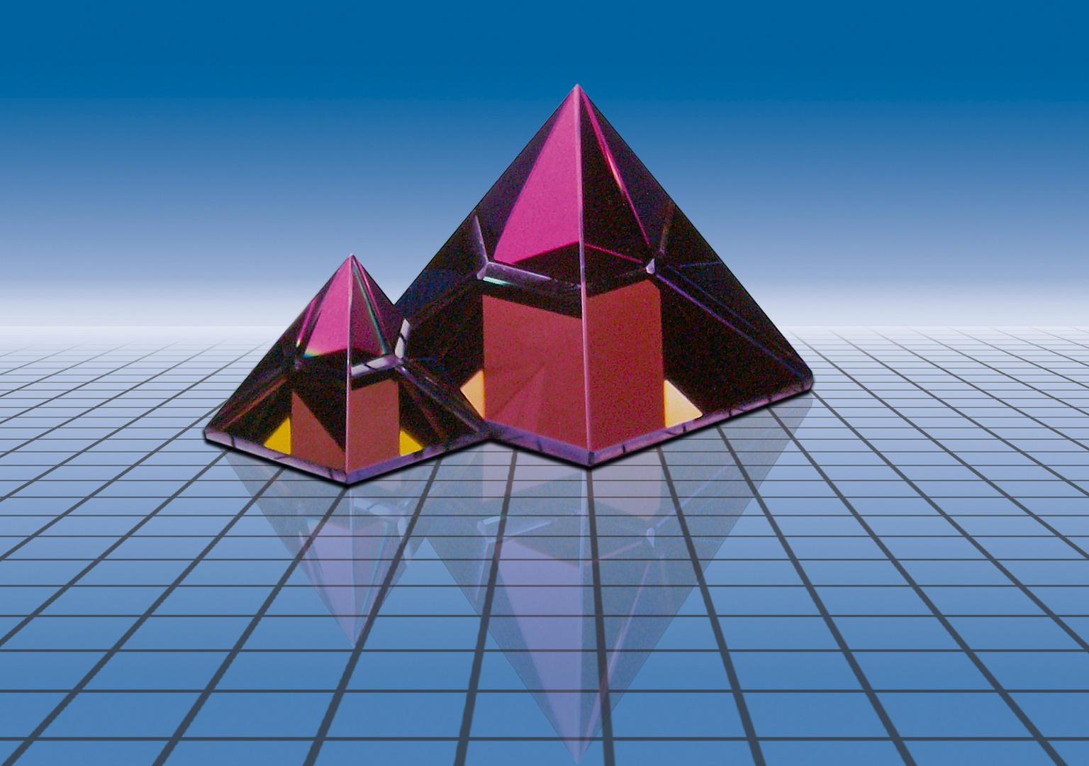 ...zeitlose Pyramiden...