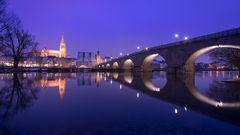 Zeitraffer Regensburg im Winter bei Hochwasser
