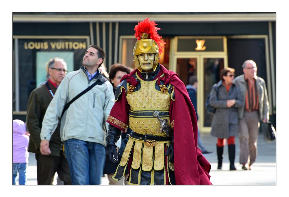 Zenturio Louis Vuittonius sucht seine Legion...
