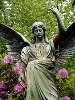 Zerbrechender Engel