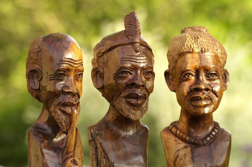 Zimbabwe - Holzschnitzkunst 4