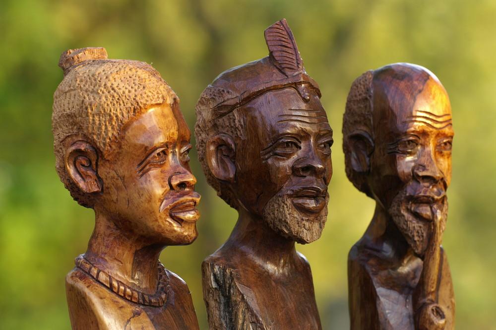 Zimbabwe - Holzschnitzkunst 6