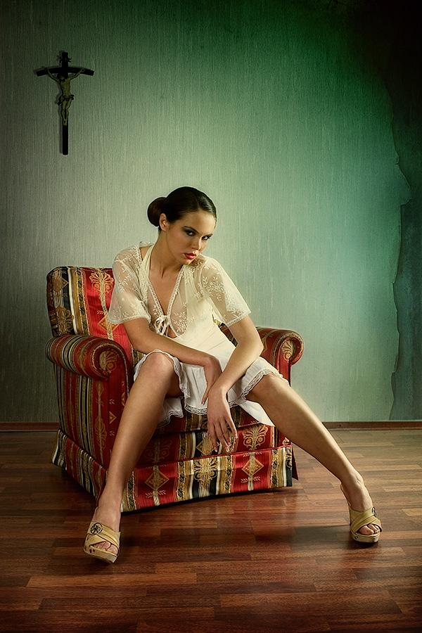 zorniger bild foto von stefan gesell aus 06 07 05 tods nden fotografie 3376721. Black Bedroom Furniture Sets. Home Design Ideas