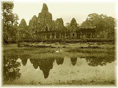 Zu einem alten Tempel