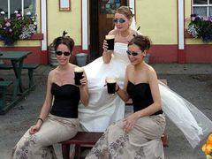 Zu einer zünftigen irischen Hochzeit ...
