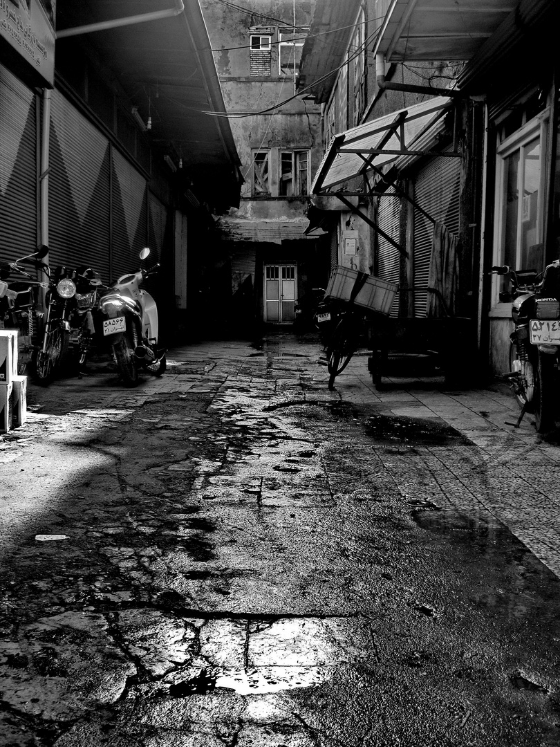 Zu Fuß durch Bandar Anzali