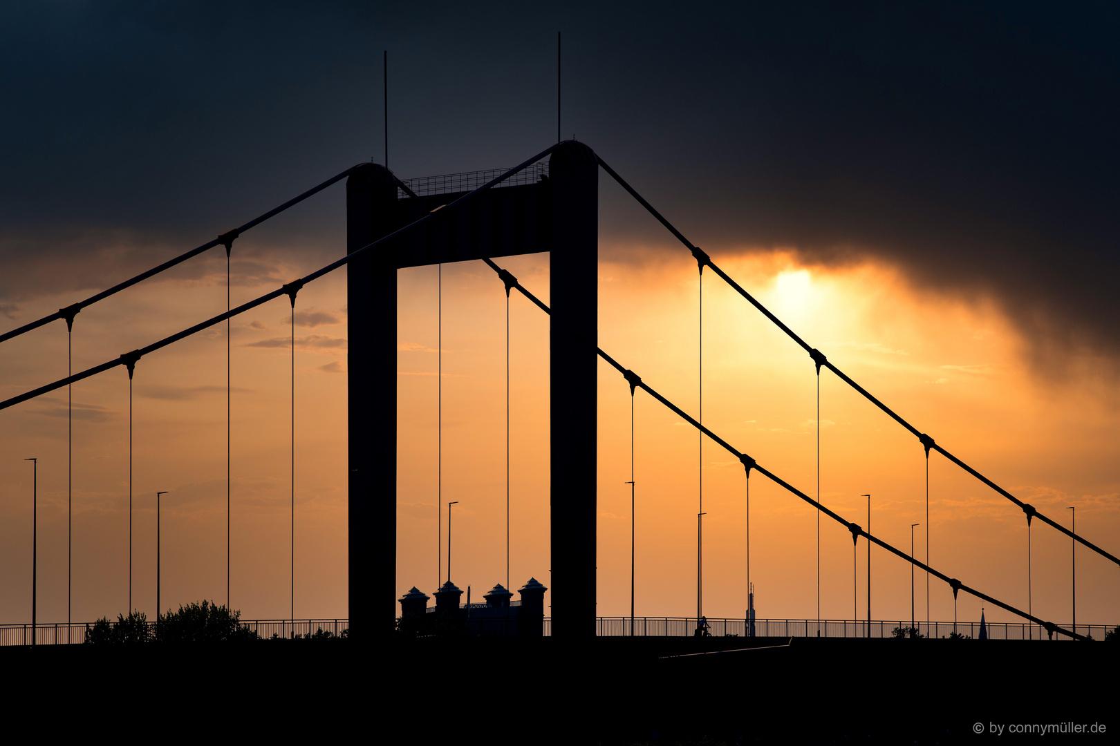 Zügelgurtbrücke