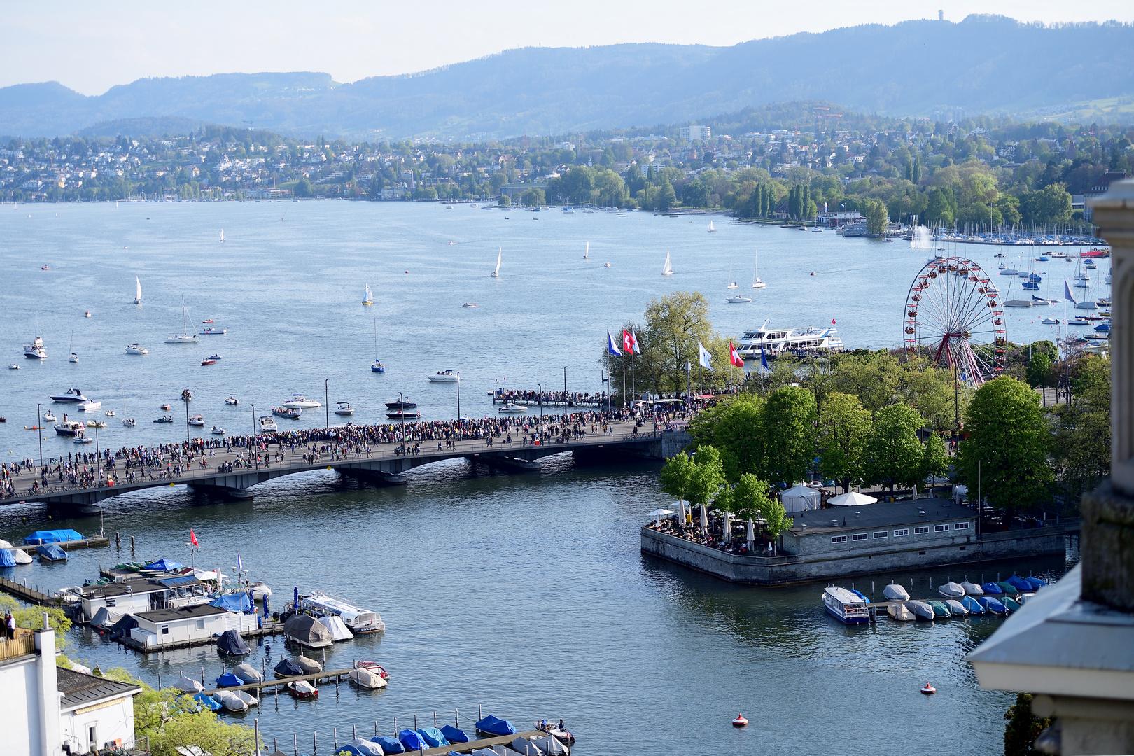 Zürich, Quaibrücke am See/ Riesenrad Bürkliplatz