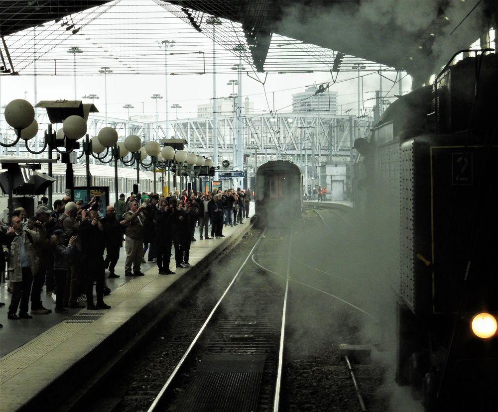 Zug Dampf Paris lu-19-col