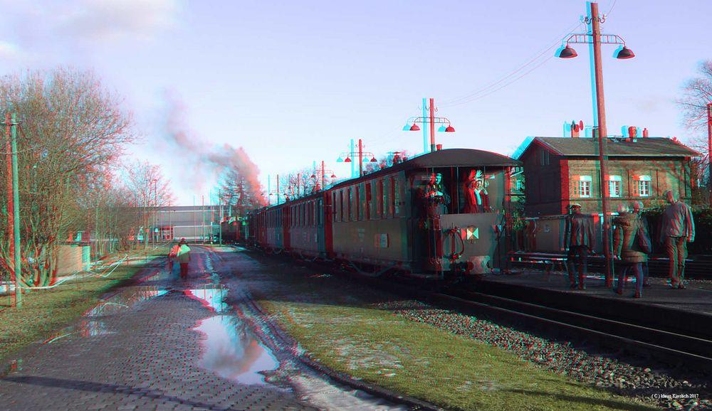 Zug der Mansfelder Bergwerksbahn im Bahnhof Benndorf