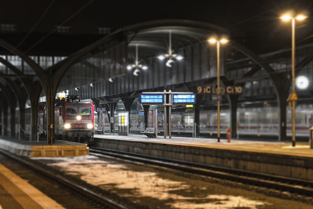 """""""Zug fährt ab!"""""""