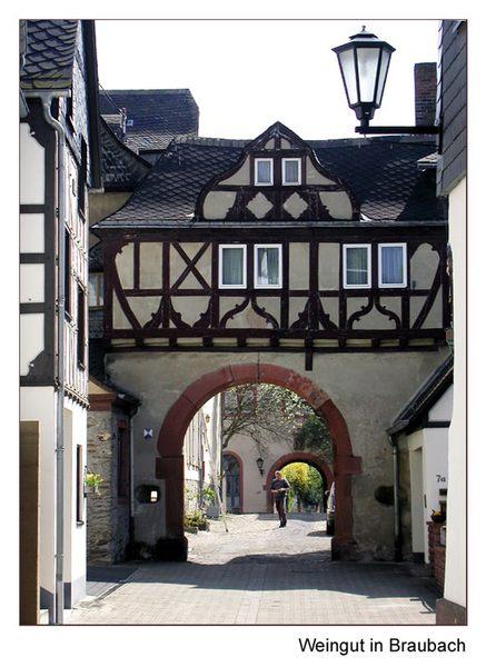 Zugang zu einem Weingut in Braubach
