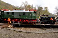 Zugfahrt der Lok auf die Drehscheibe - Eisenbahnmuseum Bochum