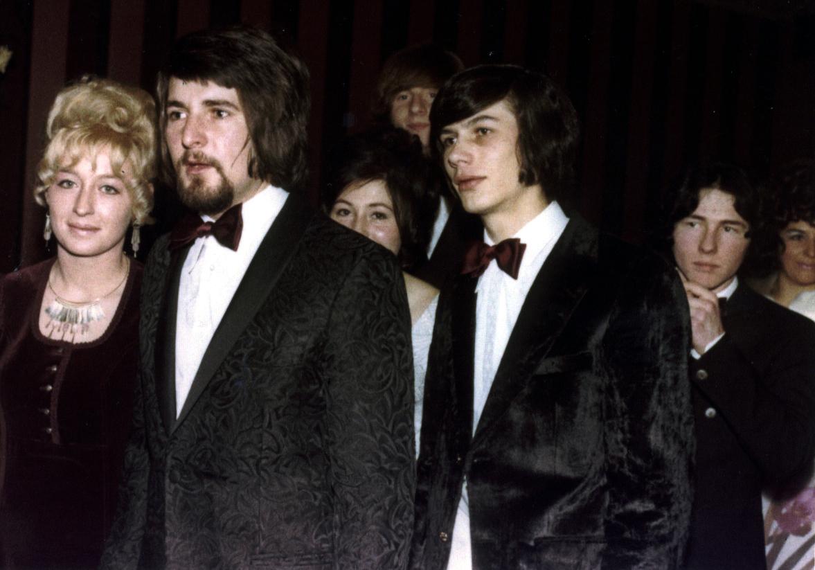 Zuletzt gesehen 1970 in HH ! Und ich mal wieder ganz rechts, pfui!