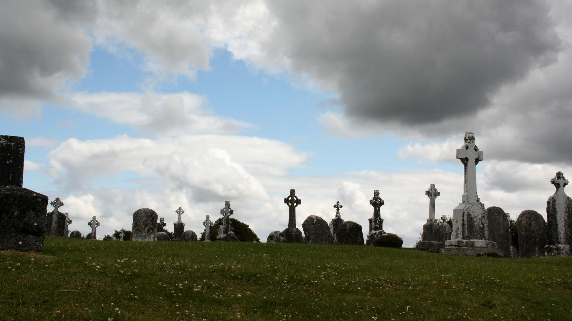Zum Gedenken an Totensonntag - Friedhof in Irland