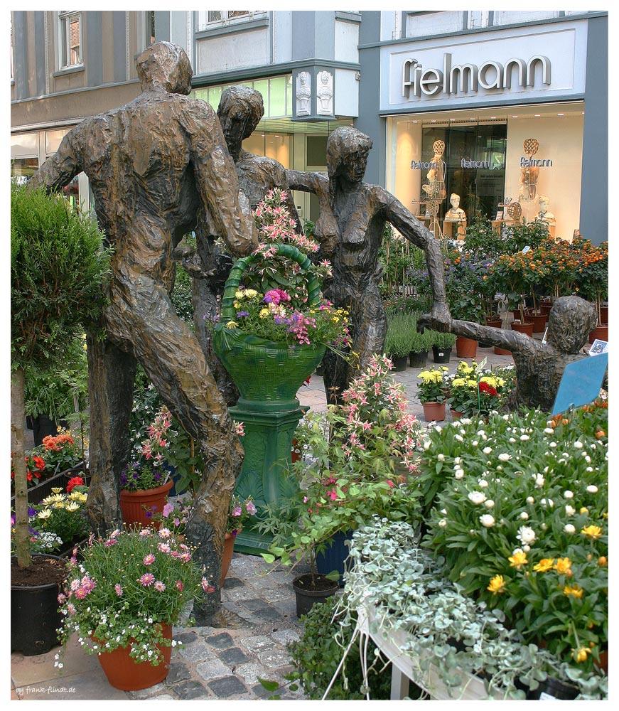 Zum Hertener Blumenmarkt....