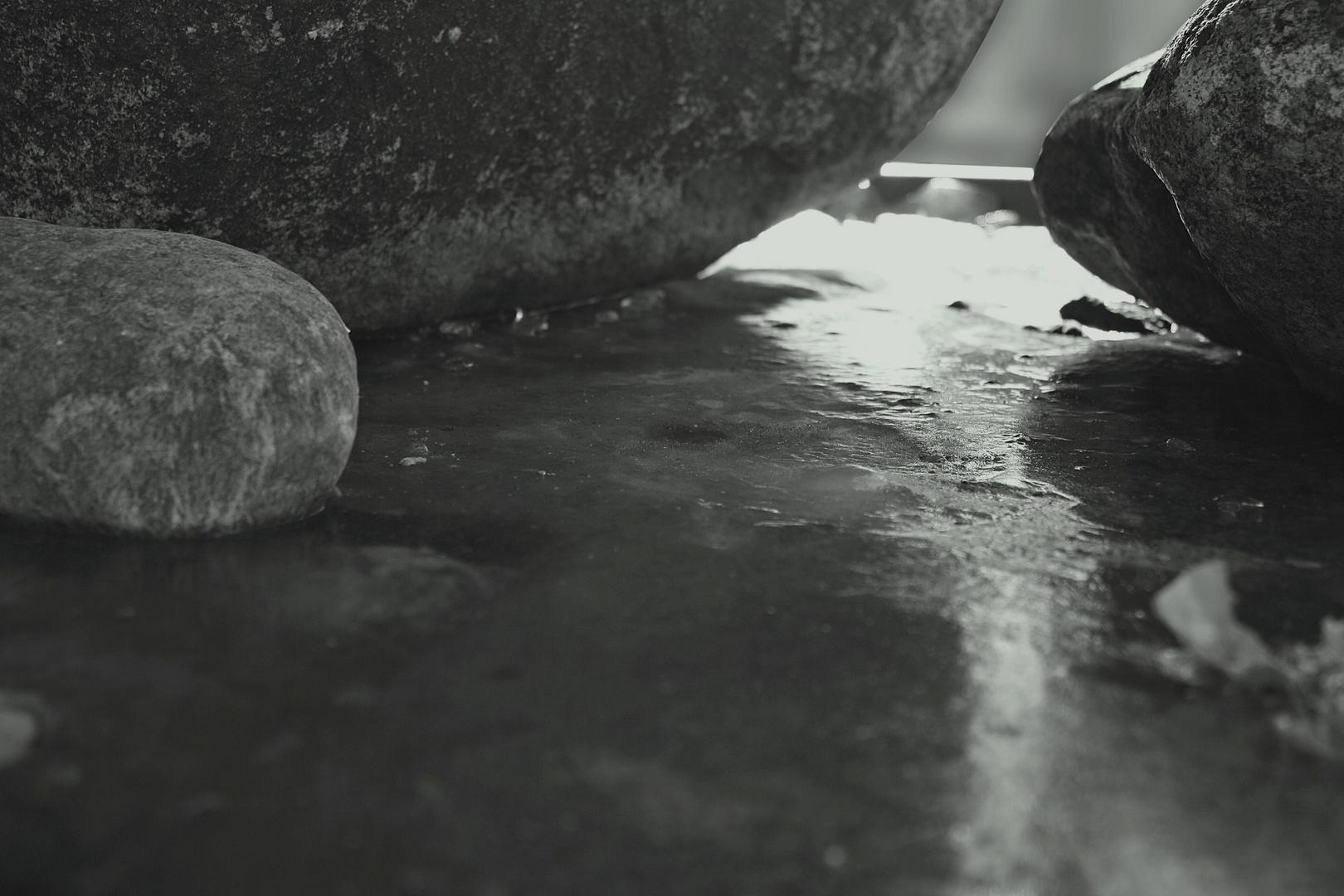 """zum Thema """"Wasserpfützen"""""""