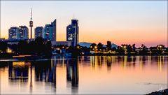 Zur blauen Stunde, an der alten Donau..