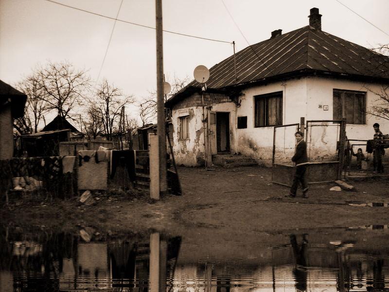 Zur Information das Datum ... 20.02.2007 ... Zigeunersiedlung in der Ostslowakei
