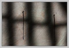 zwei Bänder und ein Schatten