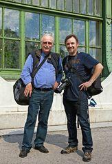 Zwei Fotofreunde am Wiener Schmetterlingshaus!