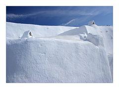 Zwei Hütten im Schnee?