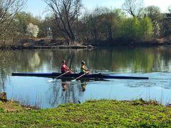 Zwei im  Kanu