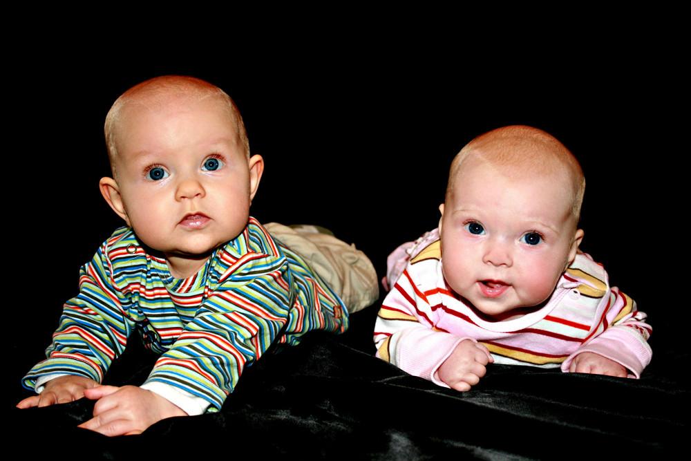 Zwei Kleine Kinder