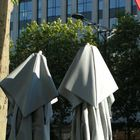 Zwei Nonnen in Paris
