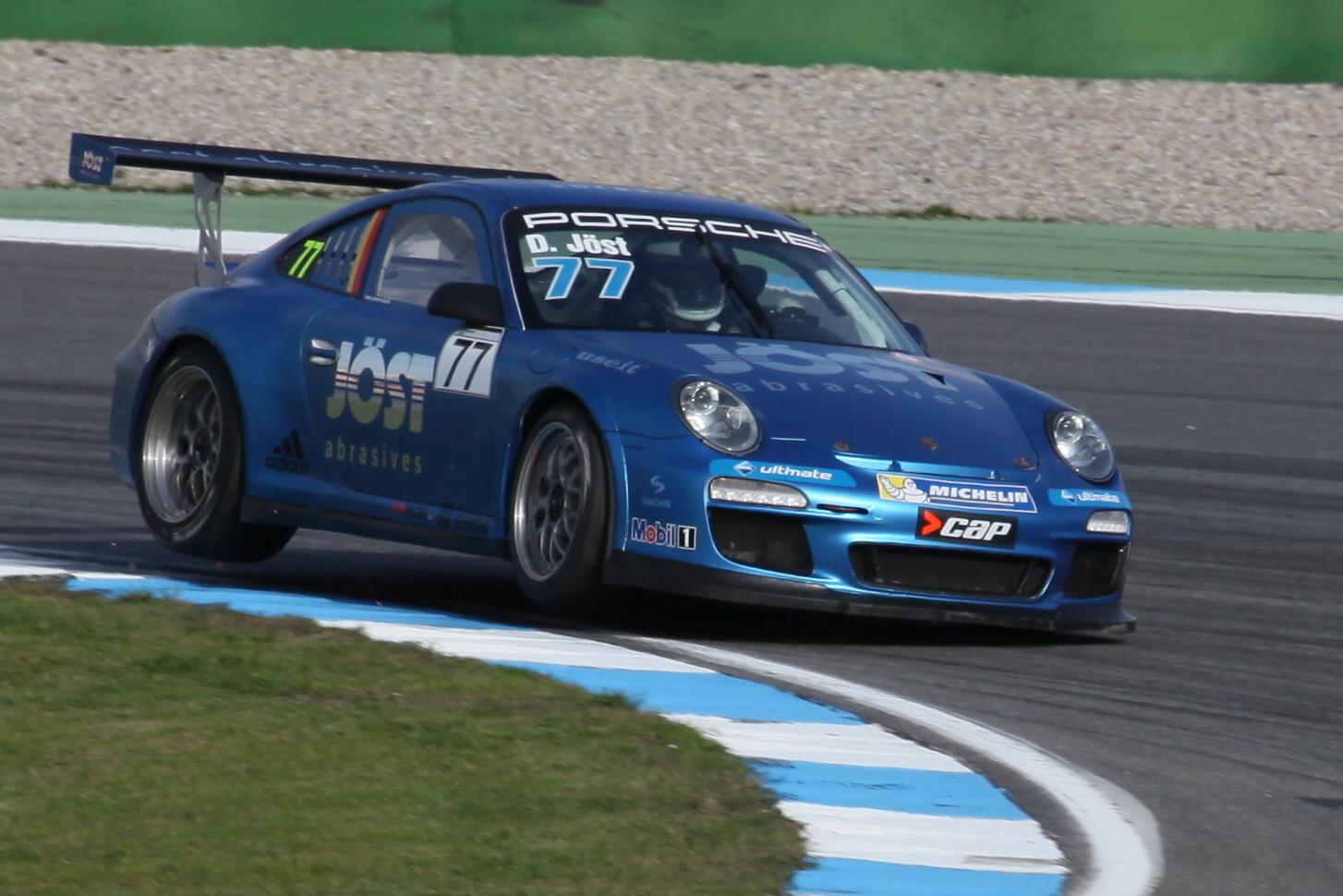 """Zweiradfahren"" Porsche Supercup 2013"