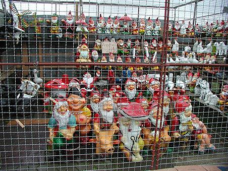 Zwerge hinter Gittern ;o)