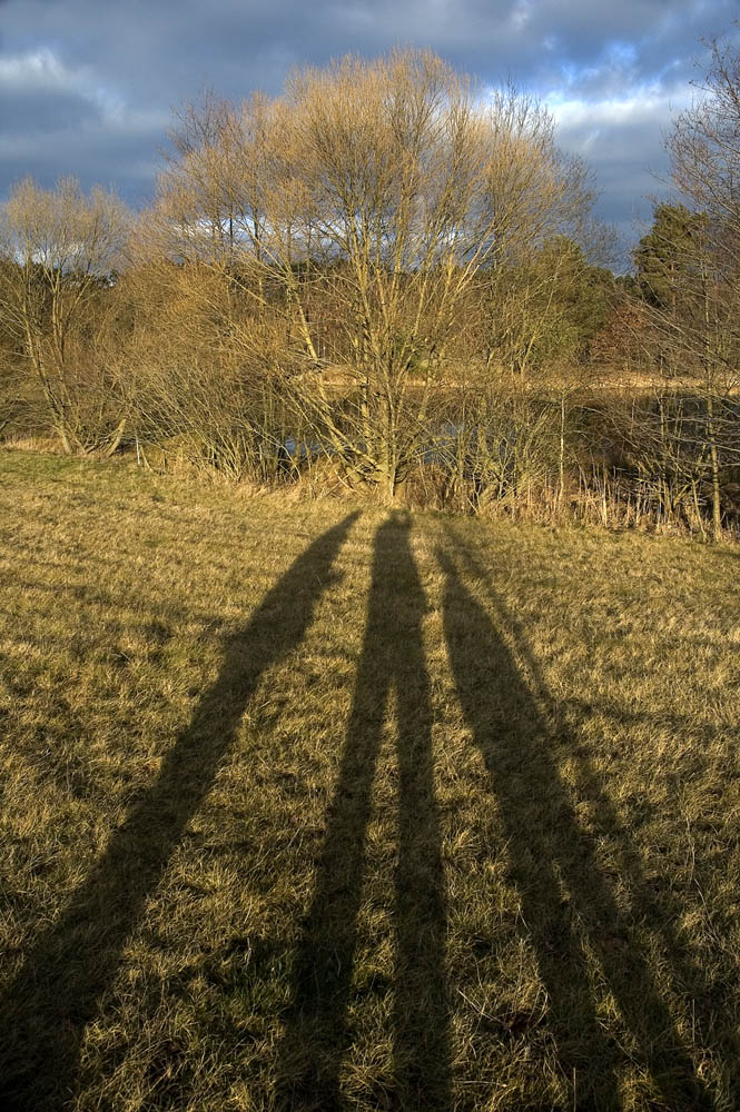 Zwerge werfen lange Schatten