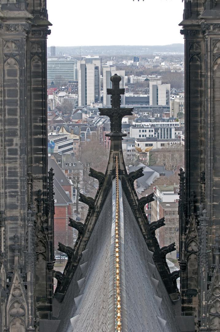 Zwischen den Türmen ... vom Kölner Dom