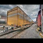 - Zwischen den Zügen -