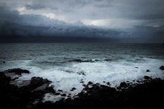Zyklon Nr. 1 vor der Küste